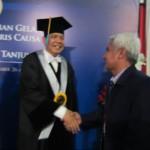 Apresiasi Ketua Program Magister Manajemen Universitas Trunojoyo Madura kepada  Doktor (H.C) Chairul Tanjung